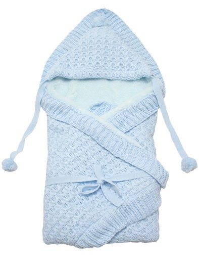 Вязанный уголок для новорожденного